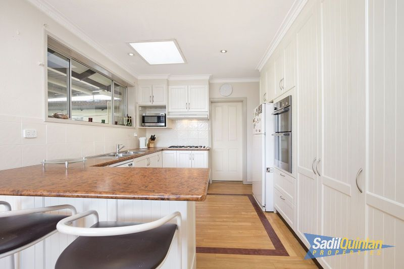 31 Morehead Street, Curtin ACT 2605, Image 2