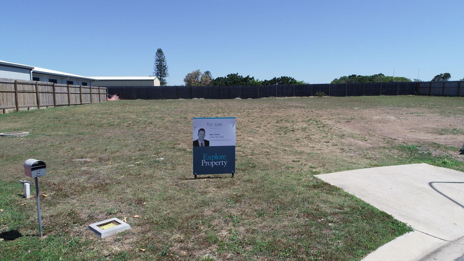 7 Bristol Court, Mount Pleasant QLD 4740, Image 1