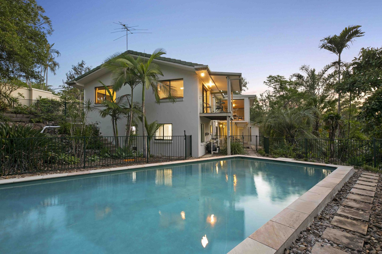 196 Bielby Road, Kenmore Hills QLD 4069, Image 0