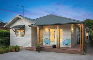 Picture of 78 Parr Parade, Narraweena NSW 2099