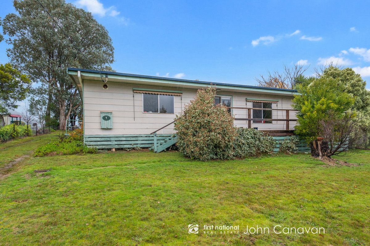 9 Trout Stream Way, Macs Cove VIC 3723, Image 1