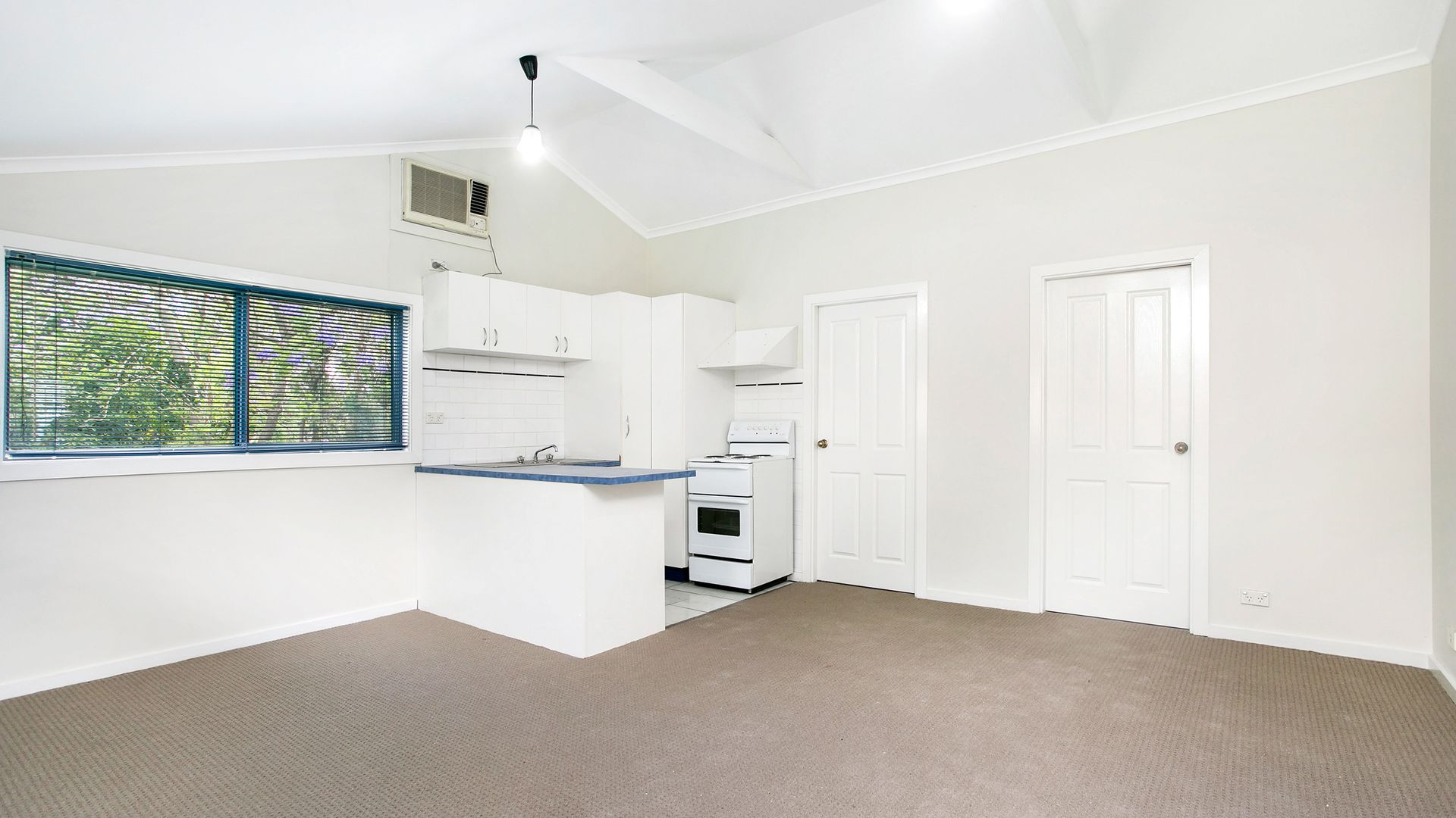 61a Princes  Highway, Thirroul NSW 2515, Image 1
