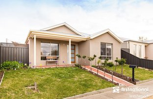 Picture of 14 Bellfield Court, Manor Lakes VIC 3024