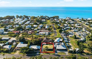 Picture of 22 Shell Street, Urangan QLD 4655