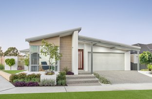 Picture of 6 Rue Place, Treeby WA 6164