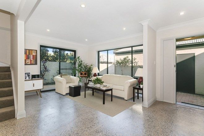Picture of 1/262 Pittwater Road, MANLY NSW 2095