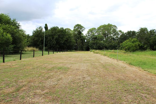 Picture of Lot 2 Brisbane Valley Highway, TOOGOOLAWAH QLD 4313