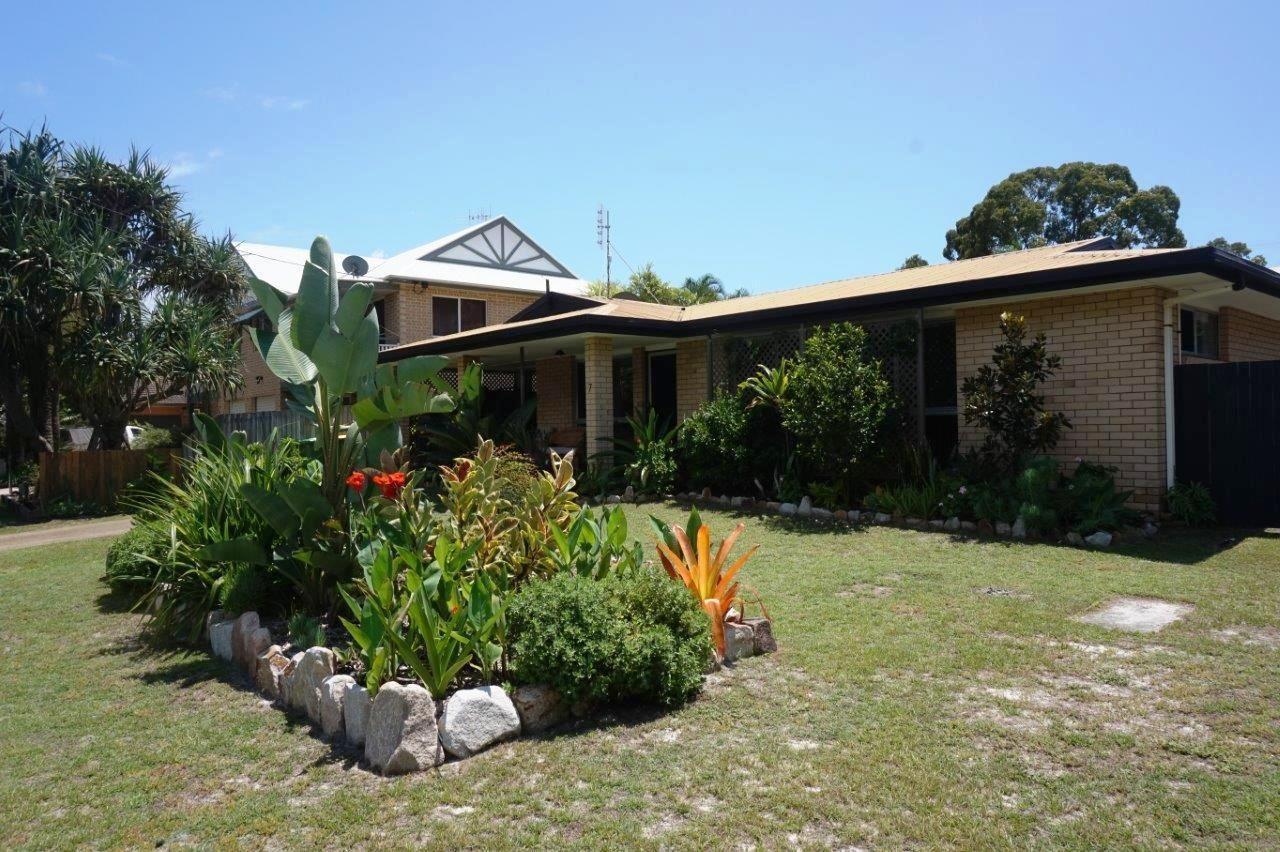 7 Rumbalara Ave, Rainbow Beach QLD 4581, Image 0