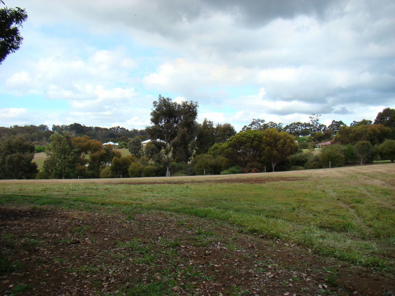 6 Cottonwood close, Kangaroo Gully WA 6255, Image 2