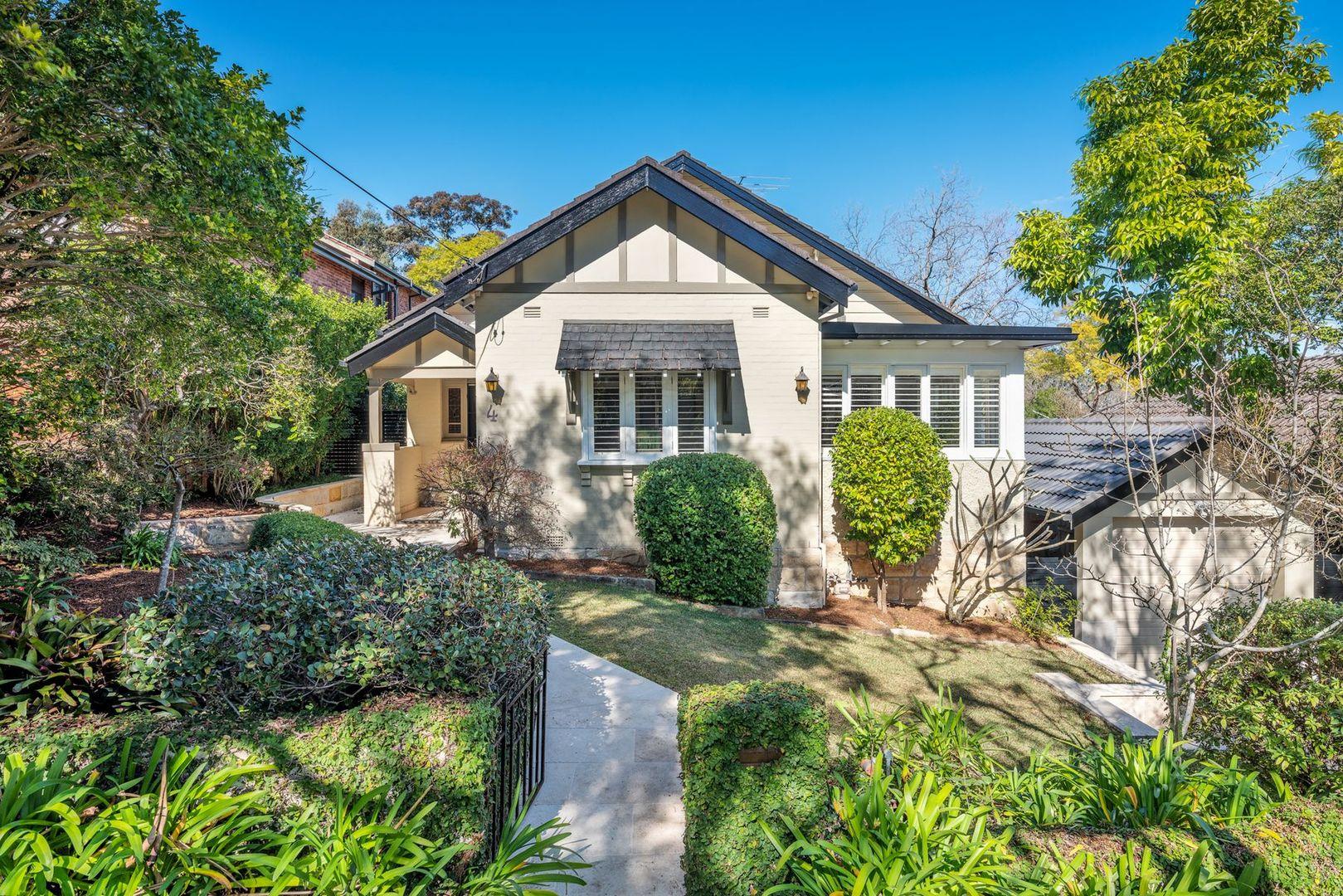 4 Bushlands Avenue, Gordon NSW 2072, Image 0