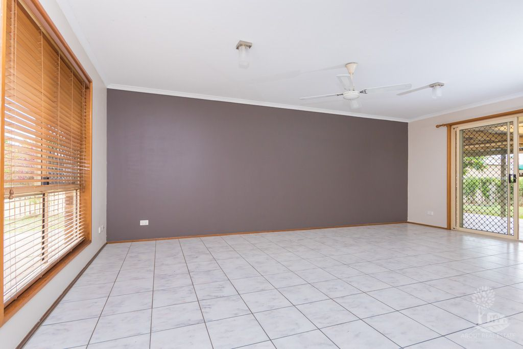 40 Carmela Crescent, Morayfield QLD 4506, Image 2