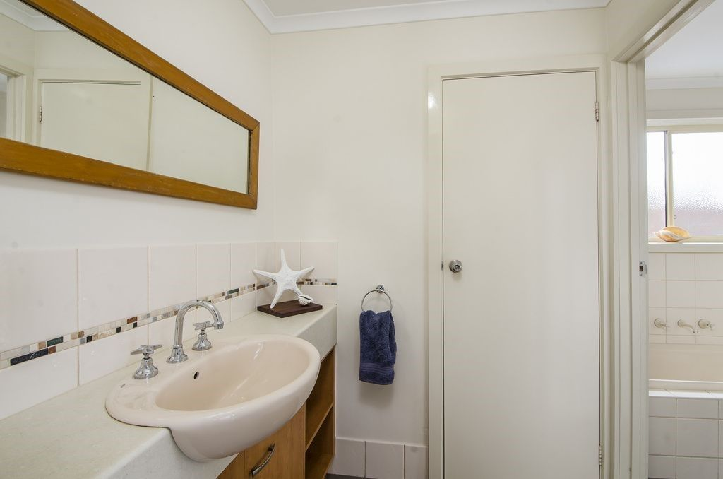 21 Auvale Crescent, Mount Gambier SA 5290, Image 2