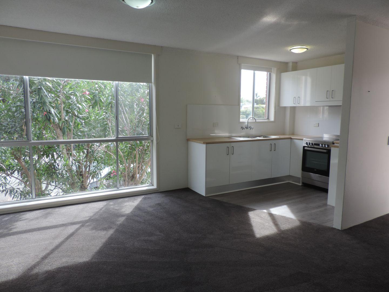 1/17 Darrambal Street , Chevron Island QLD 4217, Image 0