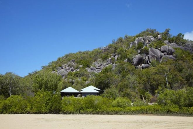 Picture of 12-16 Henry Lawson St, HORSESHOE BAY QLD 4819