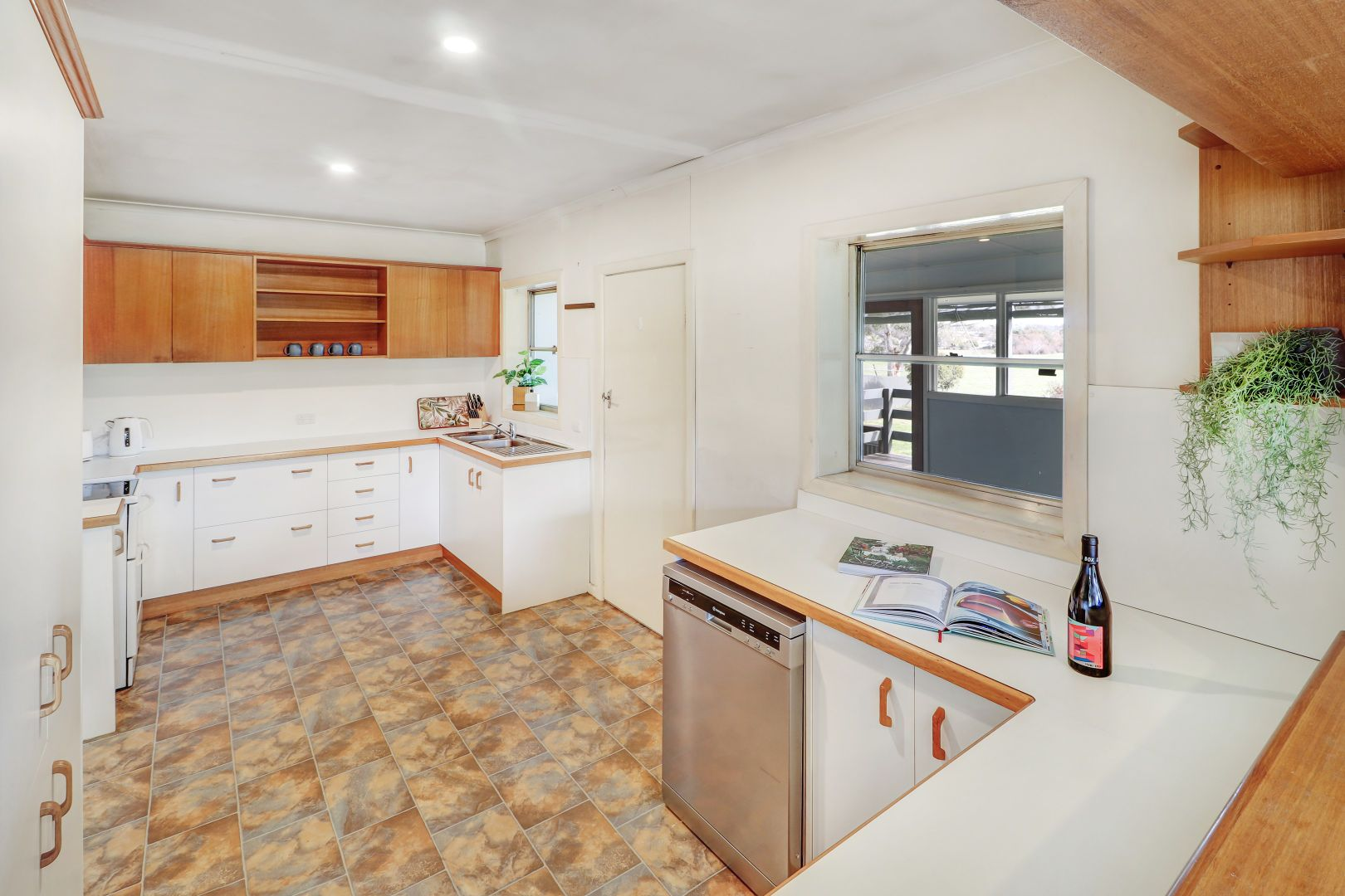 48 Mt Battery Road, Mansfield VIC 3722, Image 2