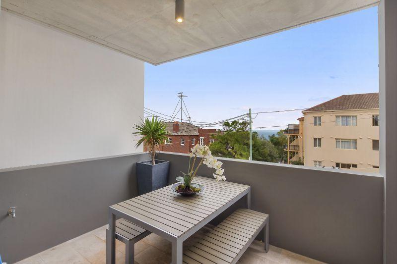 8/36 Fletcher Street, Bondi Beach NSW 2026, Image 1