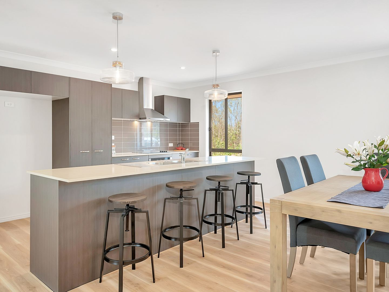 11 Royal Drive, Mount Hallen QLD 4312, Image 1
