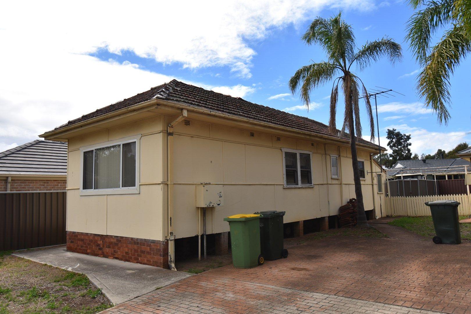 581 Smithfield  Road, St Johns Park NSW 2176, Image 0