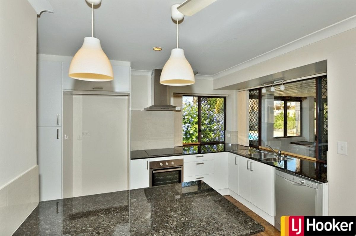 35 Elderberry Circle, Halls Head WA 6210, Image 1
