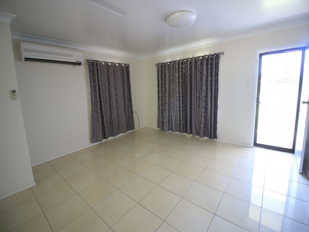 Unit 2/26 Sixth Ave, Home Hill QLD 4806, Image 2
