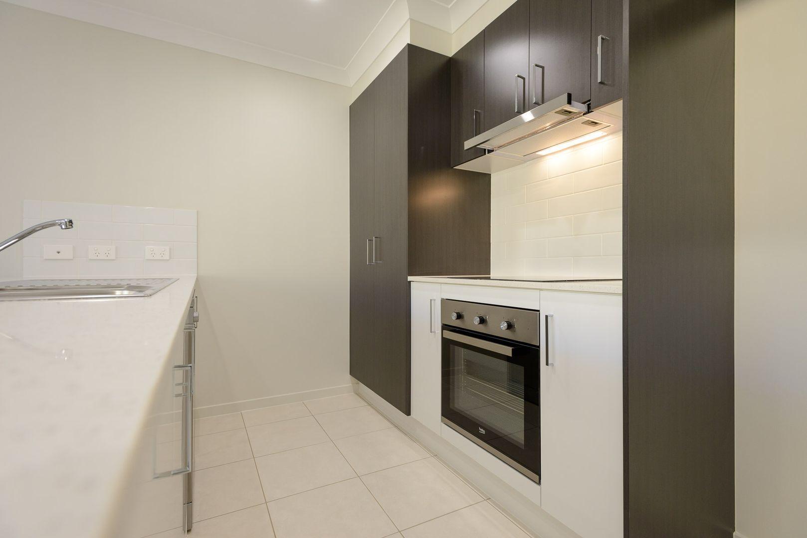 22 Clarke Road, Park Ridge QLD 4125, Image 2