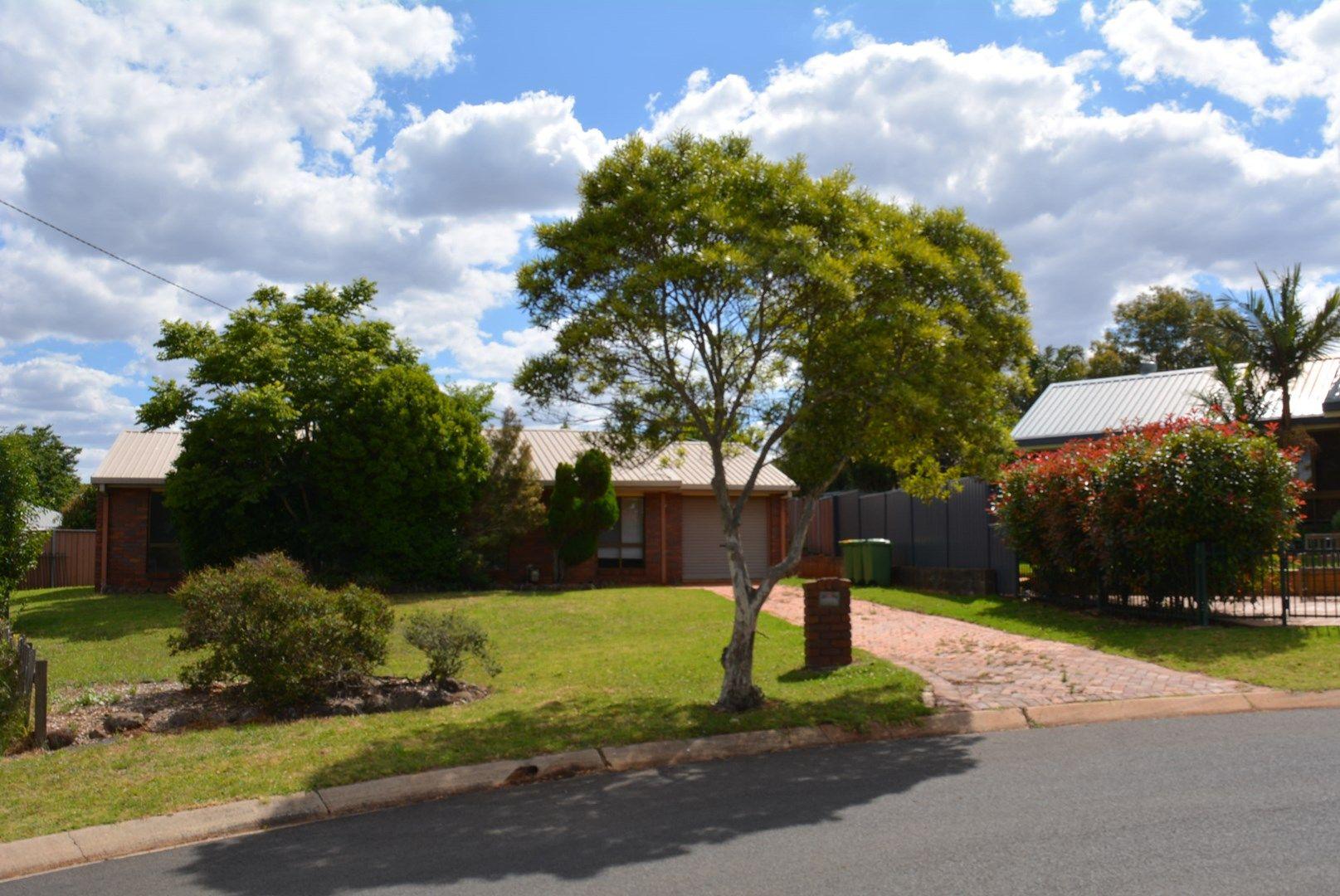 16 Coolawin Street, Wilsonton QLD 4350, Image 0