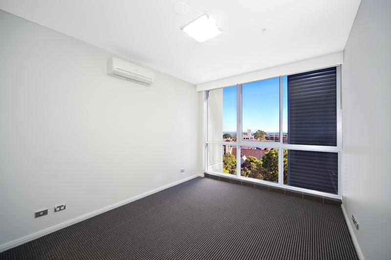 1304/225 Miller Street, North Sydney NSW 2060, Image 2