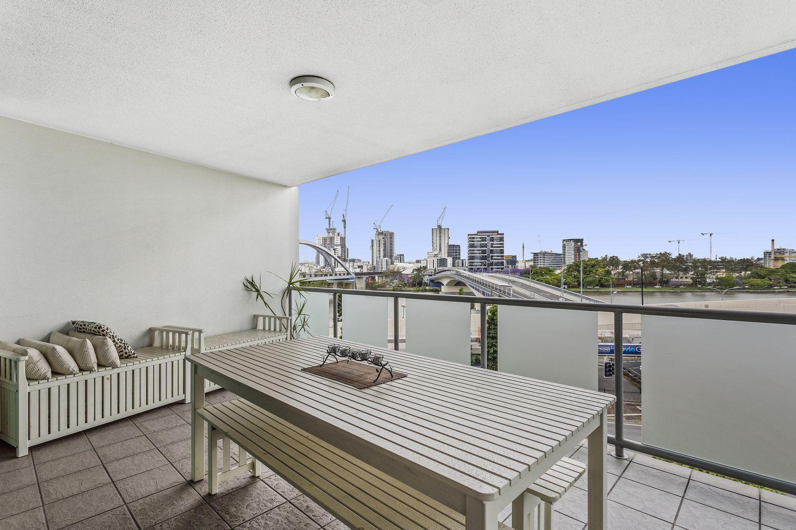 1303/100 Quay Street, Brisbane City QLD 4000, Image 0