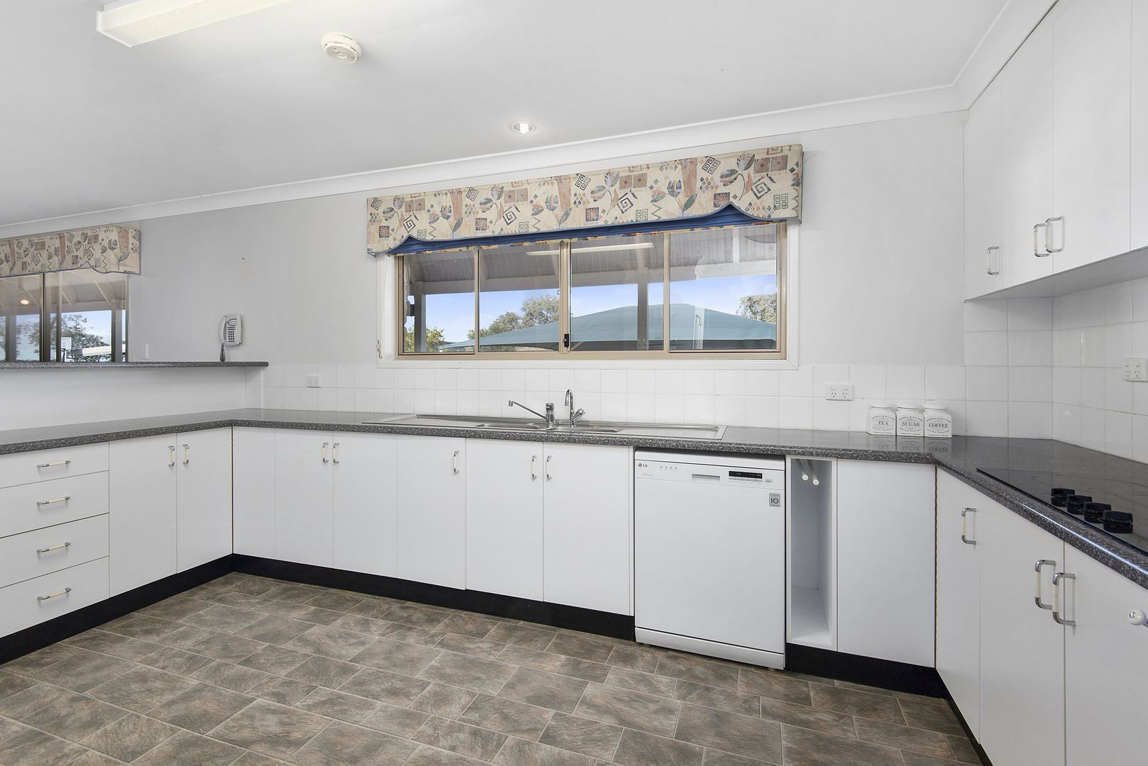 472 Wyreema-Athol Road, Umbiram QLD 4352, Image 1