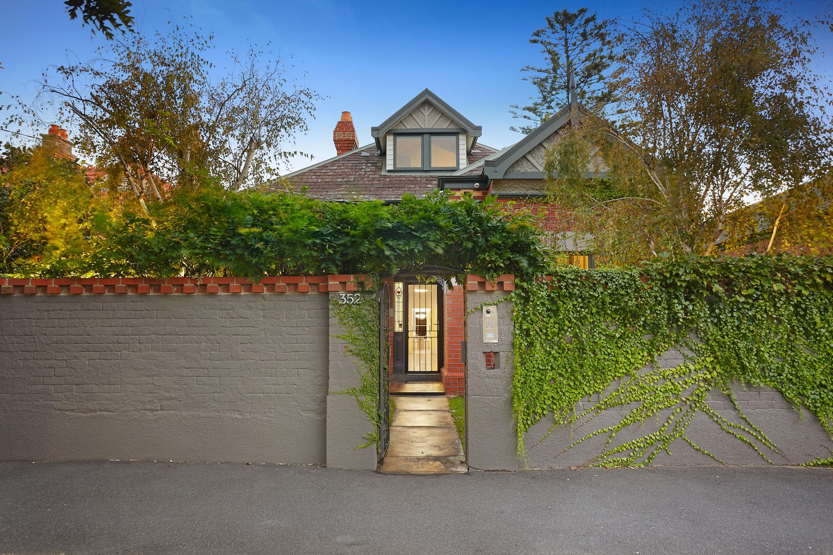352 Danks Street, Middle Park VIC 3206, Image 0