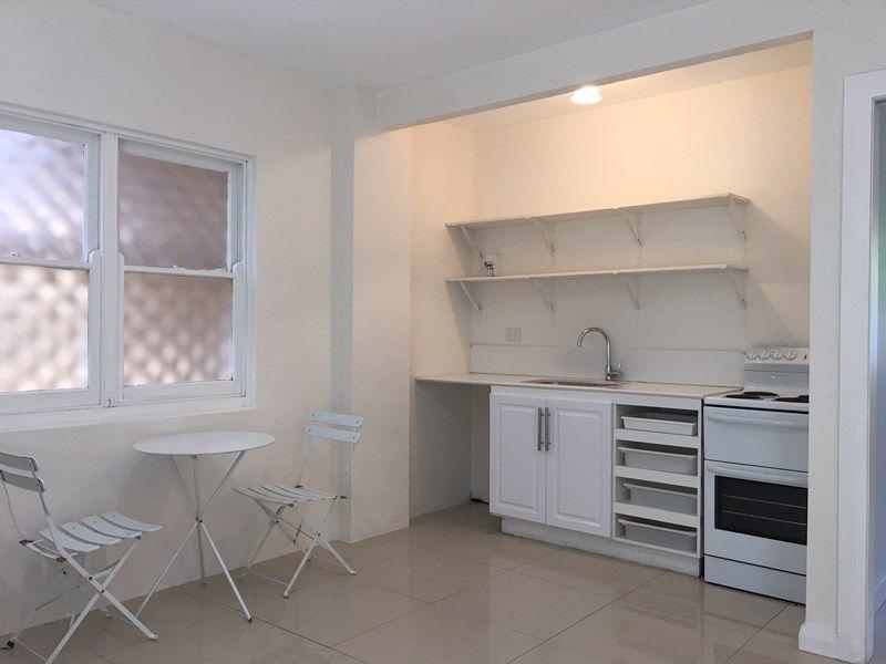 1/4 Deakin Street, Forestville NSW 2087, Image 2