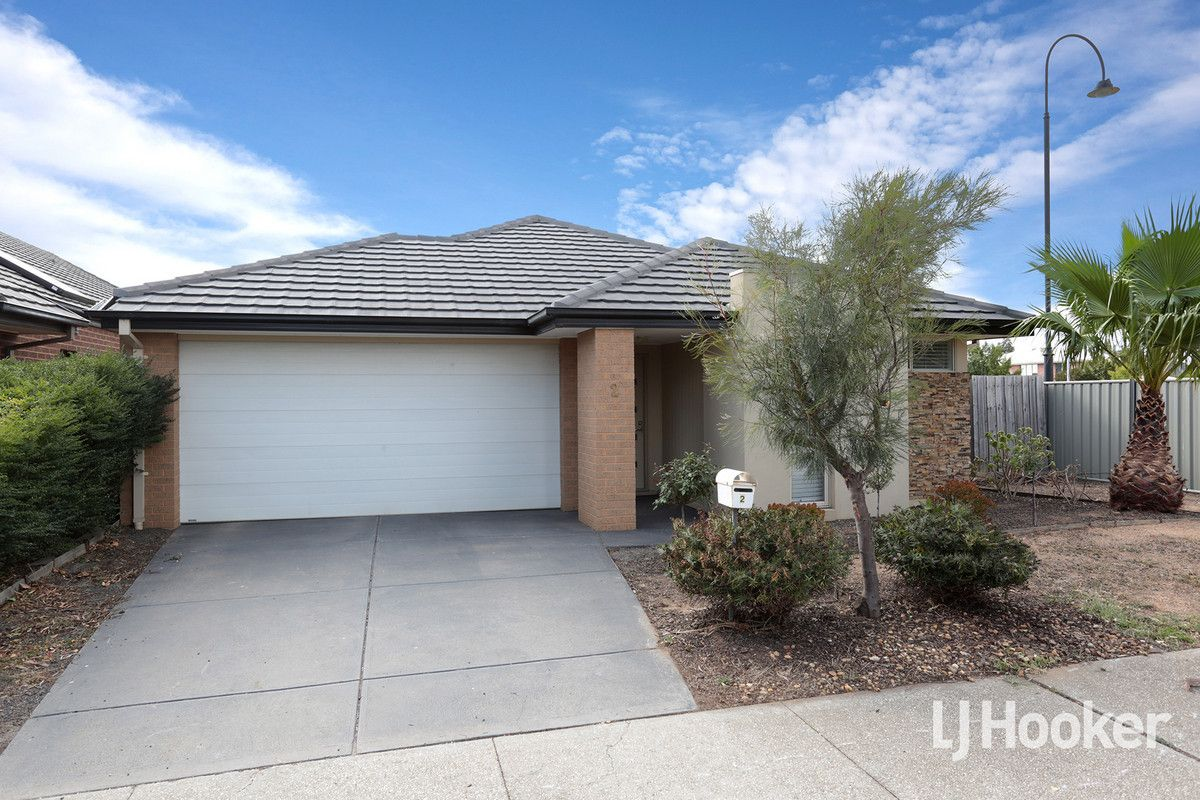 2 Pinoak Street, Point Cook VIC 3030, Image 0