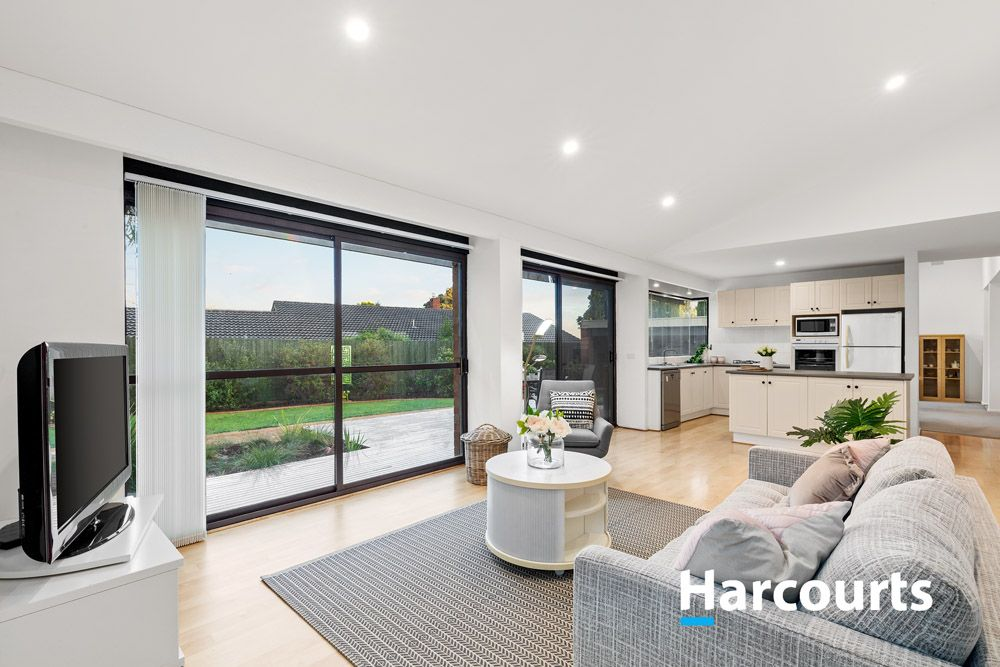 25 Piccadilly  Avenue, Wantirna South VIC 3152, Image 1