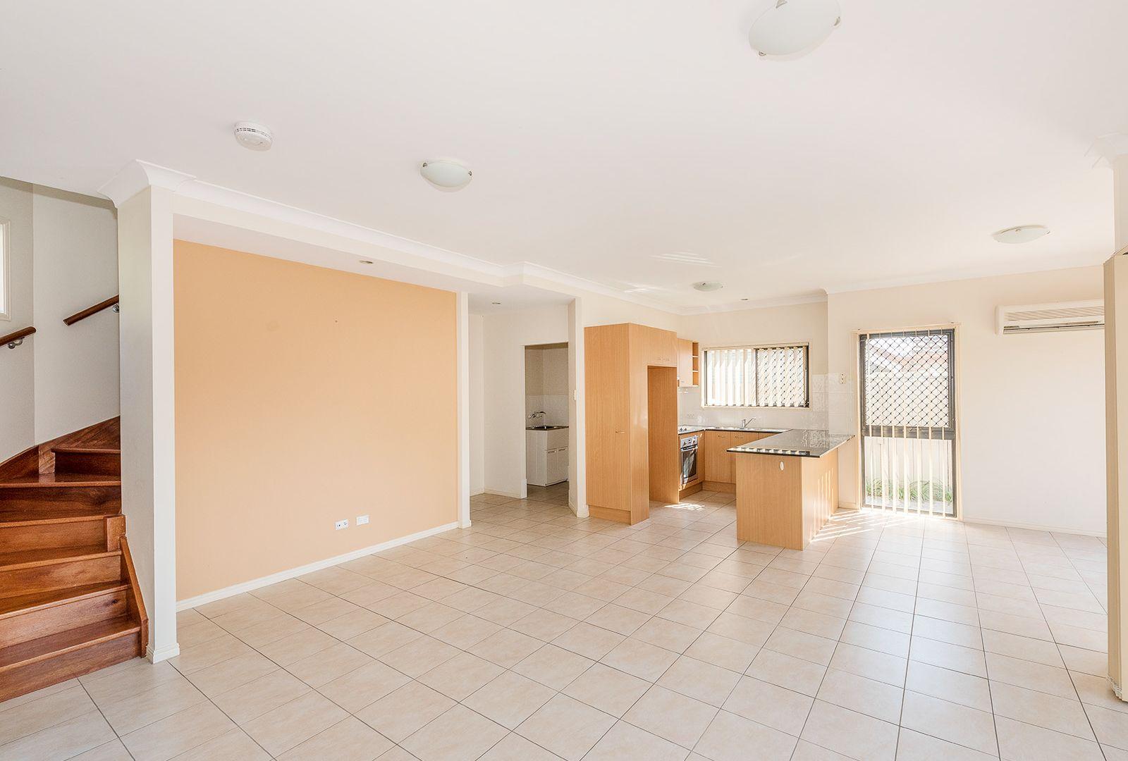 1/127 Jones Road, Carina Heights QLD 4152, Image 2