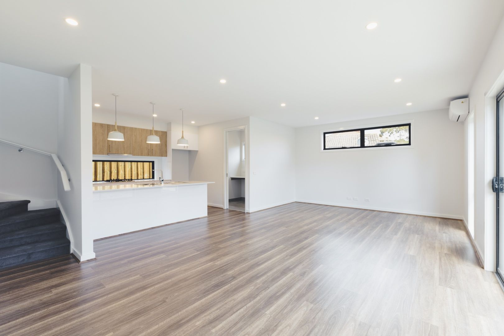 72a Windermere Drive, Ferntree Gully VIC 3156, Image 2