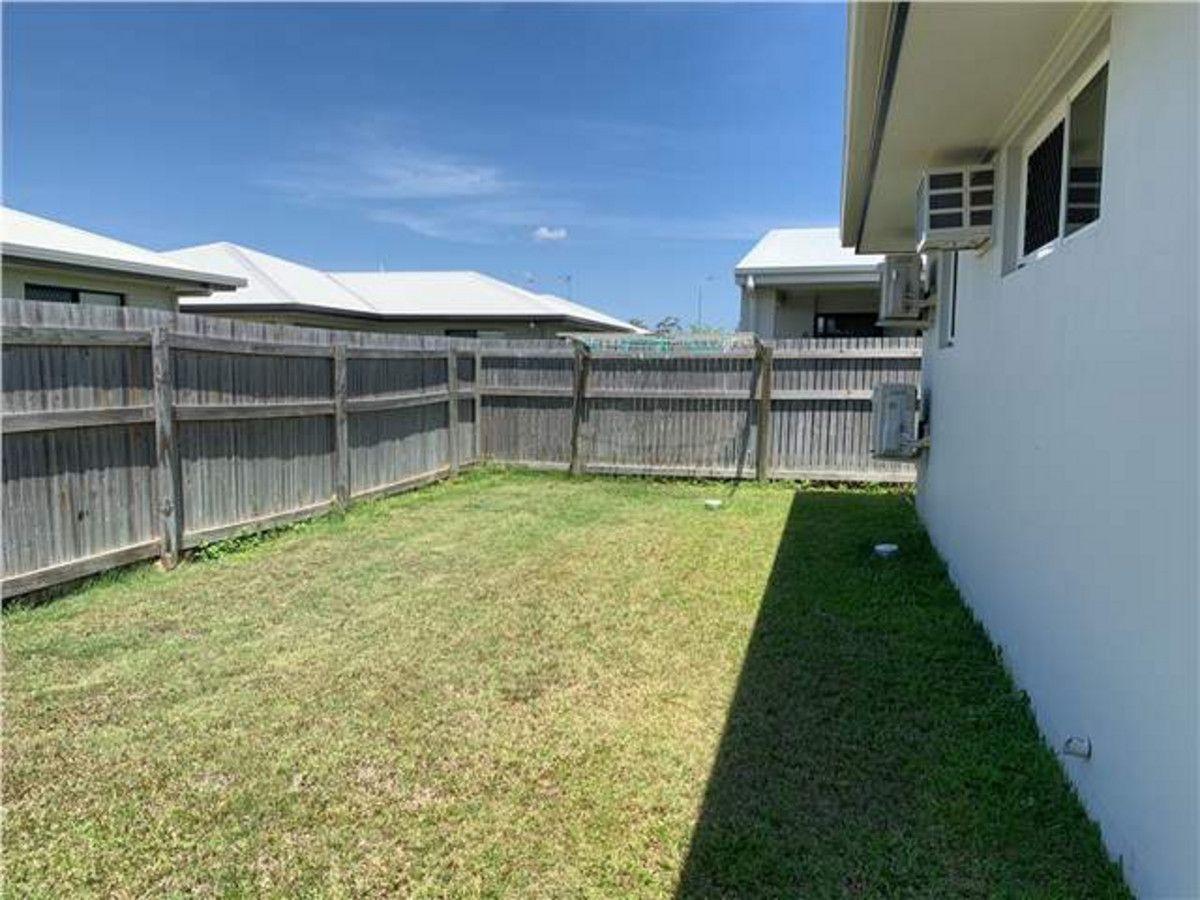 8 Catho Avenue, Mount Low QLD 4818, Image 1