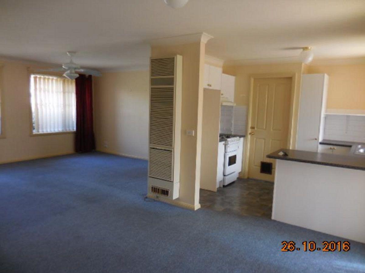 1/42 Stanley Street, Bathurst NSW 2795, Image 2