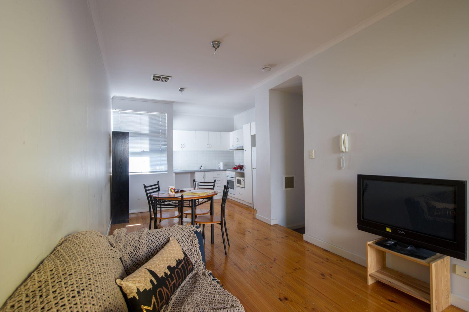 10/27 Cypress Street, Adelaide SA 5000, Image 2