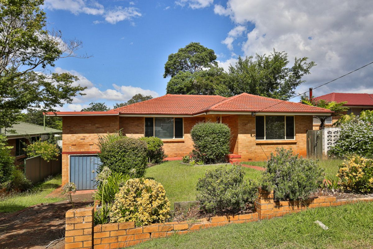 14 Catto Street, Centenary Heights QLD 4350, Image 0