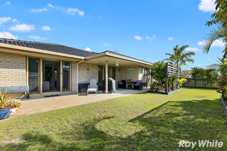 10 Warringal Court, Burrum Heads QLD 4659, Image 1
