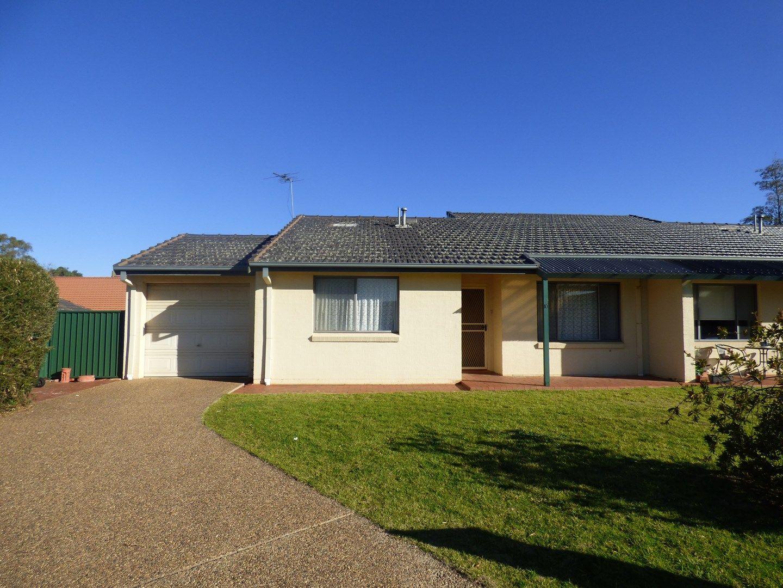 Unit 10/4 Old Barracks Lane, Young NSW 2594, Image 0