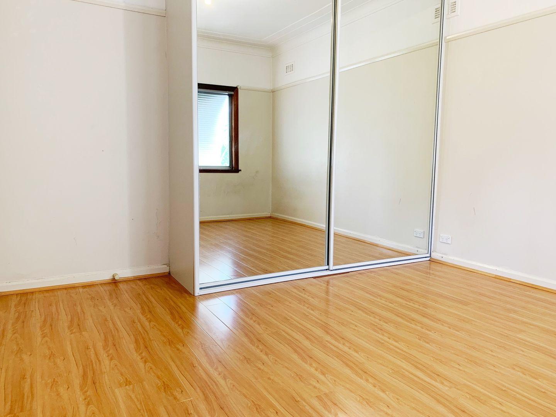 19 Fulton Ave, Wentworthville NSW 2145, Image 2