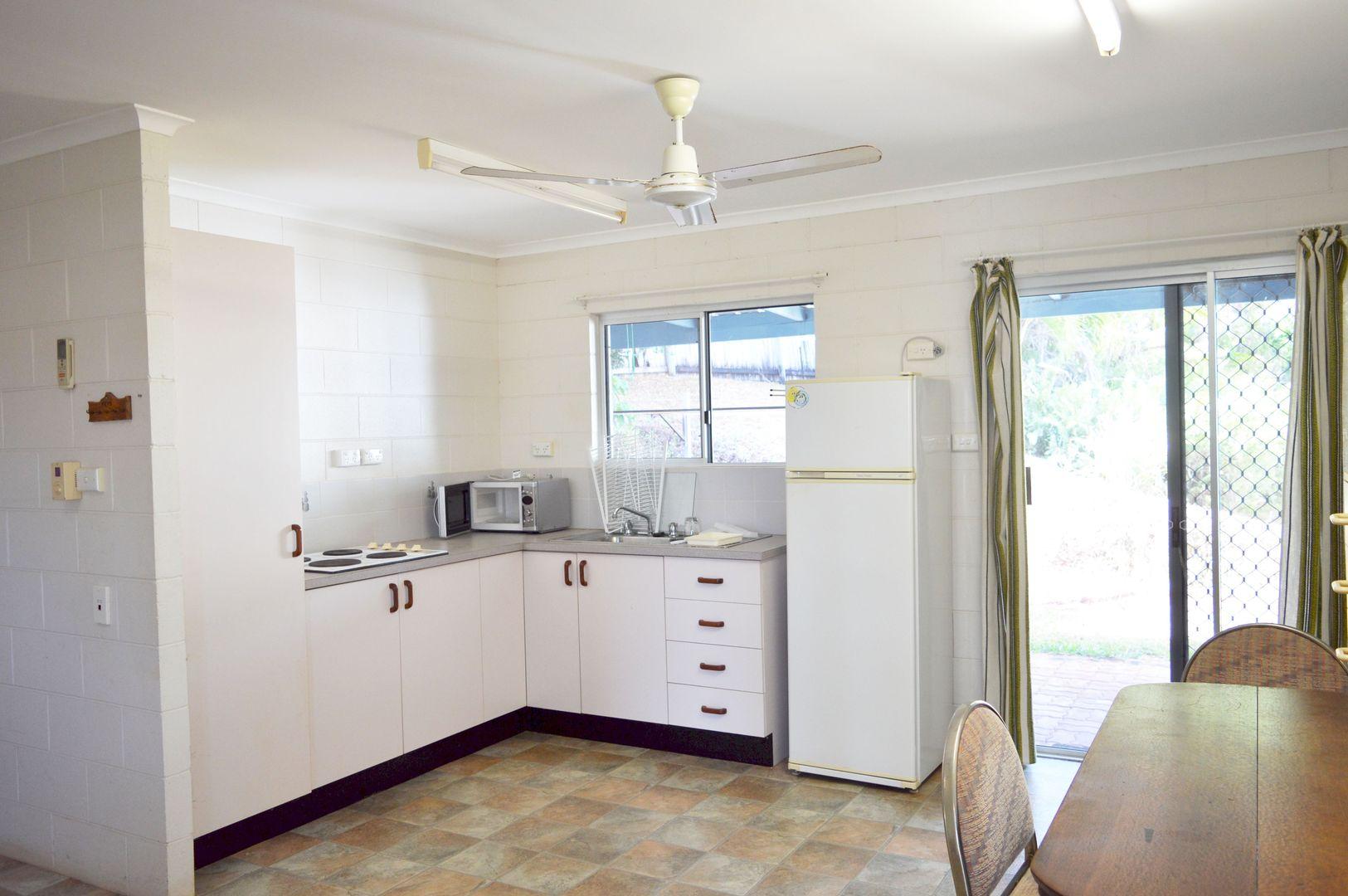 4 Endeavour Avenue, Mission Beach QLD 4852, Image 1