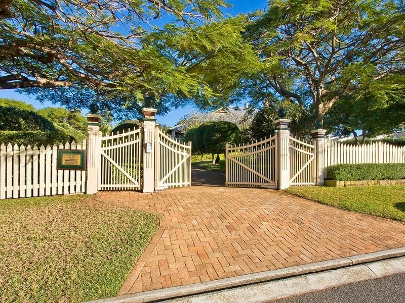 23 Killara Avenue, Hamilton QLD 4007, Image 2