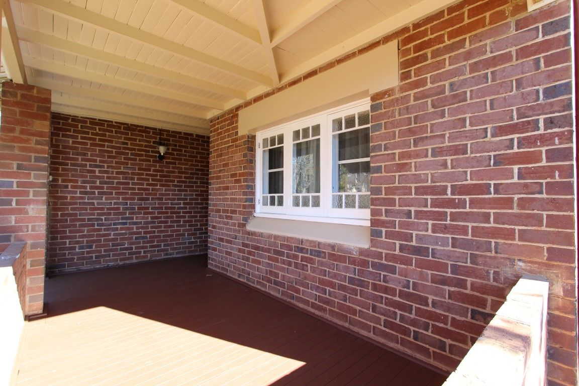 132 DeBoos Street, Temora NSW 2666, Image 1