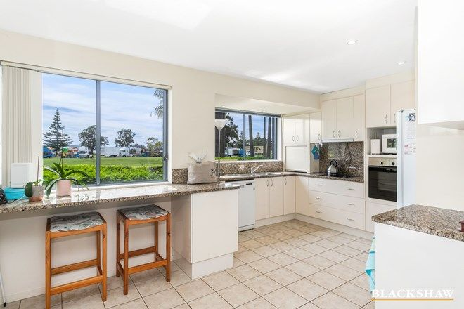 Picture of 1/216 Beach Road, BATEHAVEN NSW 2536