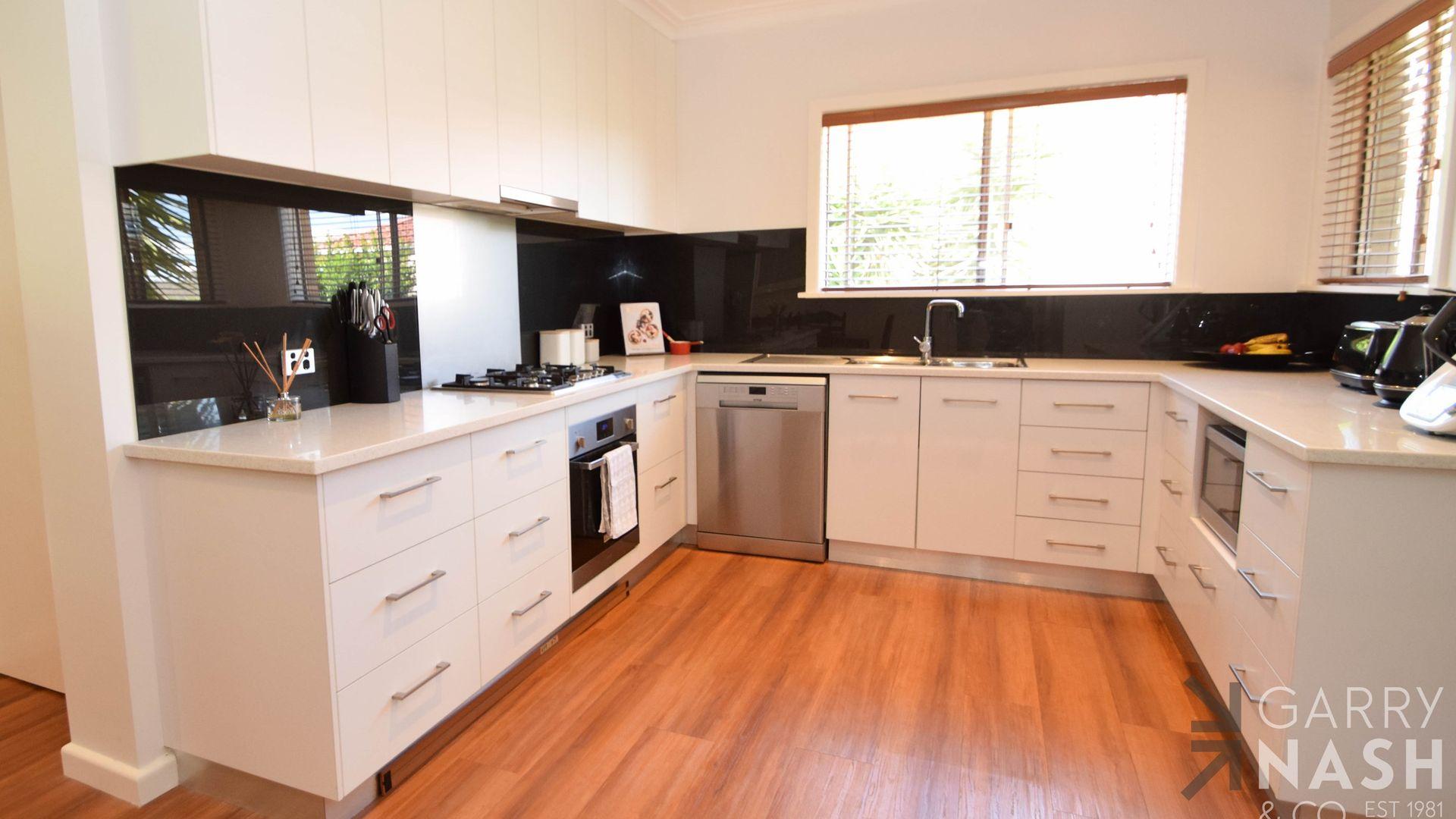 17 Esmond Street, Wangaratta VIC 3677, Image 1