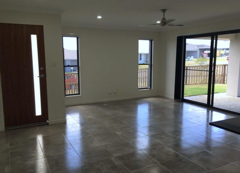 2/9 Tarryn Street, Gleneagle QLD 4285, Image 1