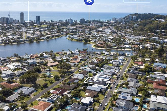 Picture of 15 Dabchick Drive, BURLEIGH WATERS QLD 4220