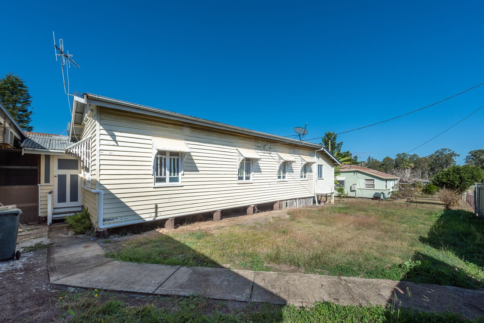 17 Mulgrave St, Gin Gin QLD 4671, Image 1
